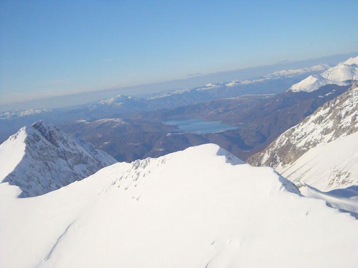 Vista sul lago di Campotosto